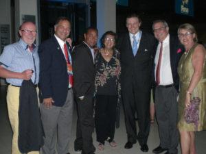 Con Richard Carrion, miembro del COI de PR.